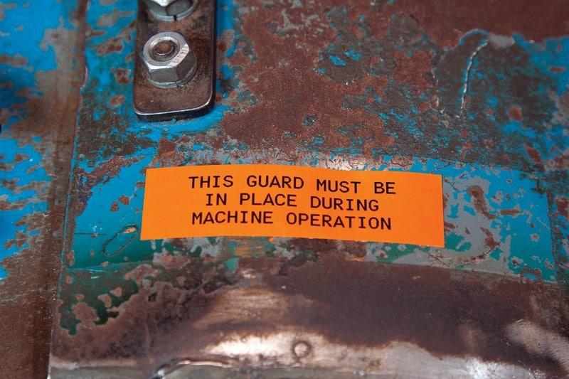 Aplicaciones etiquetadora brady bmp21 - Marcado de máquinas