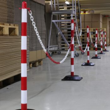 Set de postes con cadena de polietileno